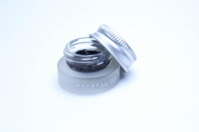 eyestudio lasting drama gel liner Maybelline